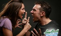 Physical & Mental Signs of Abusive Relationships: Possessive, Stalker-like Qualities are Not Attractive